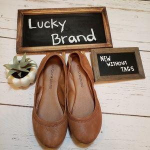 NWOT + Lucky Brand + Soft Flats